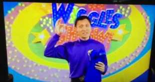 The Wiggles June 2012 TV Series 1 The Party June 2022 Friendly Feathersword Crew