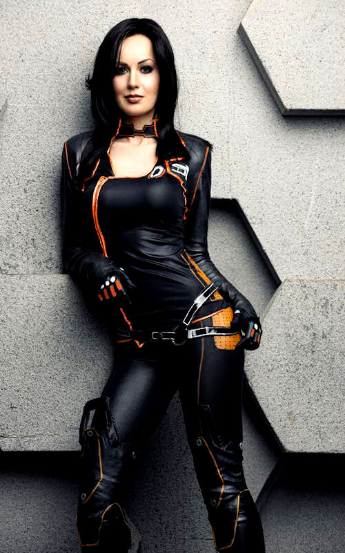 video-game-cosplay-mass-effect