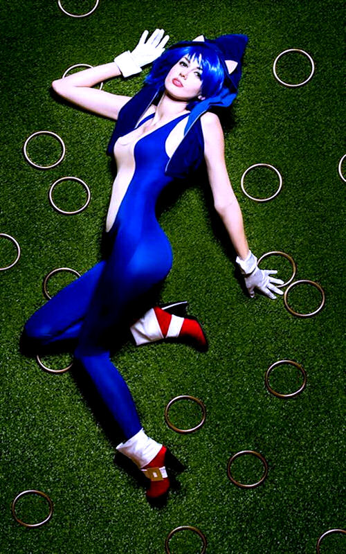 video-game-cosplay-sonic