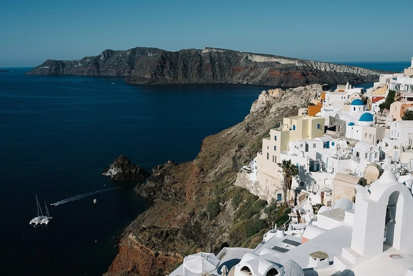 santorini-engagement-photography-elopement-wedding-photographer_0003