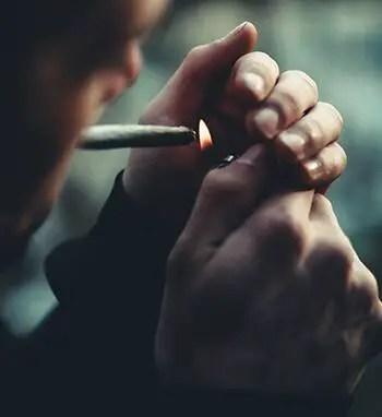 Chemicals in tobacco weakens blood vessels
