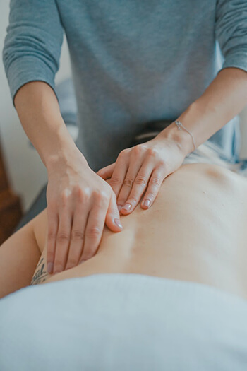 Massage can significantly reduce pain for people with arthritis