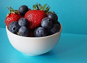 berries can help get rid of excess harmful estrogen