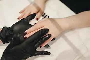 make a deodorizing hand scrub using used teabags
