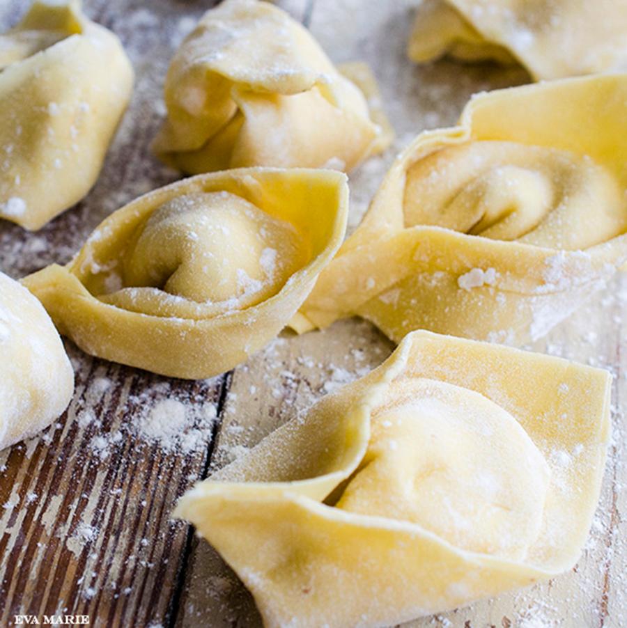 Tortelloni-pasta homemade