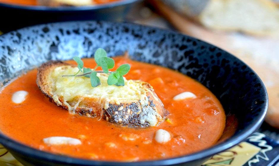 Provincial Tomato and Canellini Bean Bisque {gluten-free} {vegetarian}