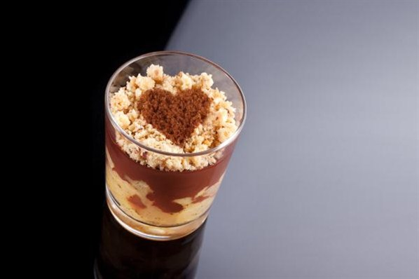 Verrines aux poires et au chocolat noir