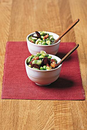 Salade de fèves au chorizo et aux lardons fumés