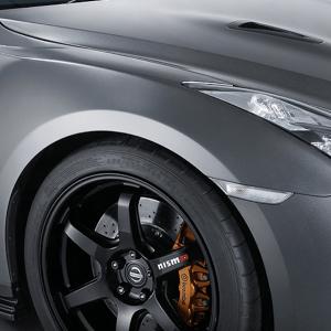 Nissan OEM Nismo N-Attack Fenders (FRP): 2009+ Nissan R35 GTR (LH/RH Set)