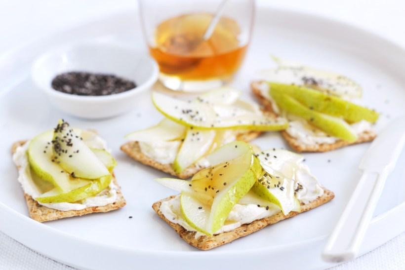 cream-cheese-pear-chia-and-honey-97988-1