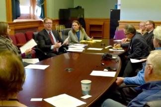 Iowa Priest Invites Episcopalians to Speak Their Faith to Lawmakers as Diocese's Lobbyist