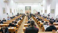 Examenul se va desfăşura, în perioada 24 – 26 septembrie 2018, la sediul Facultăţii de Teologie din Craiova, situat în str. Brestei, nr. 24, după următorul program: Luni, 24 septembrie […]