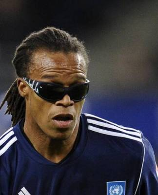 Edgar Davids famous glasses