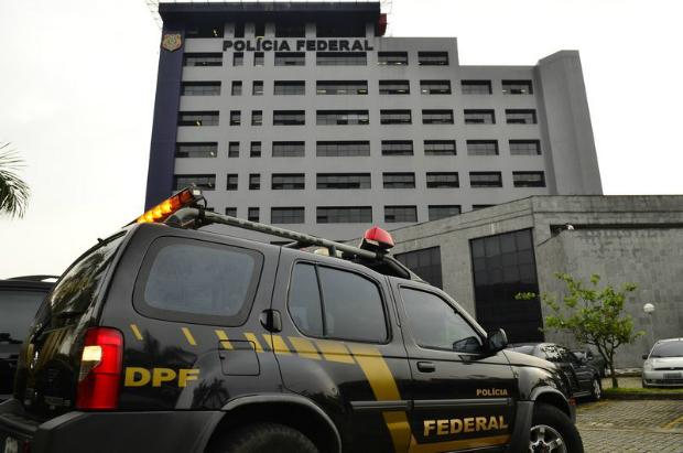 PF e Receita fazem operação contra lavagem de dinheiro em cinco estados