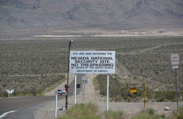 Entrada para o site de segurança nacional de Nevada, anteriormente conhecido como o local de teste de Nevada (Epoch Times)