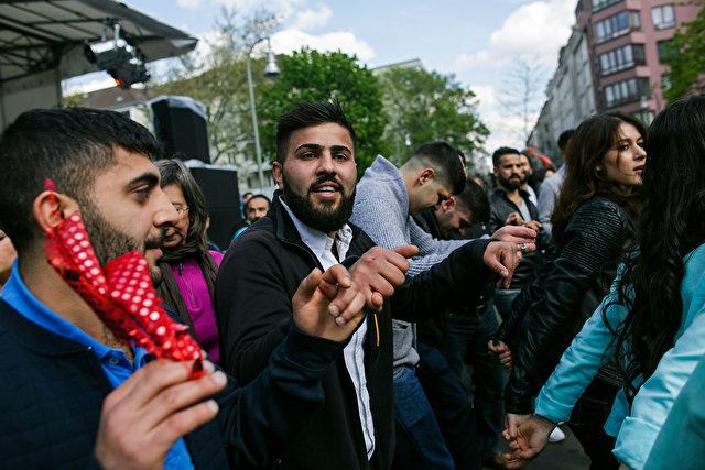 Am 1. Mai 2015 in Berlin Kreuzberg Foto: Carsten Koall/Getty Images