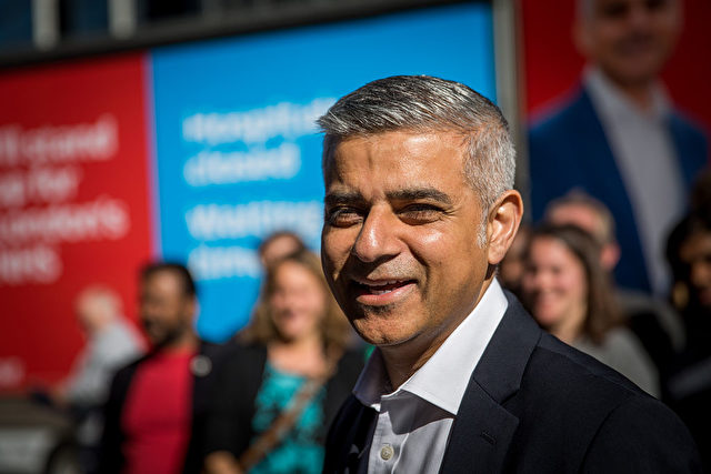 Labour Kandidat Sadiq Khanim Wahlkampf in London im Mai 2016 Foto: Rob Stothard/Getty Images