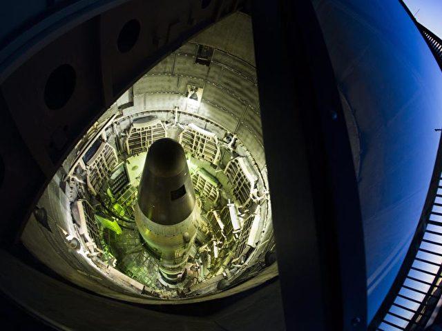 Ausrangierte Titan-II-Atomrakete: Friedensforscher sind enttäuscht von Barack Obamas Atomwaffen-Bilanz. Foto:Jim Lo Scalzo/Archiv/dpa