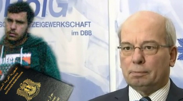 Rainer Wendt (R) über den Bomben-Bastler von Chemnitz im Interview Foto: JOSEPH EID / AFP / Getty Images/YouTube, Screenshot / Polit Archiv/Polizei Sachsen/ept