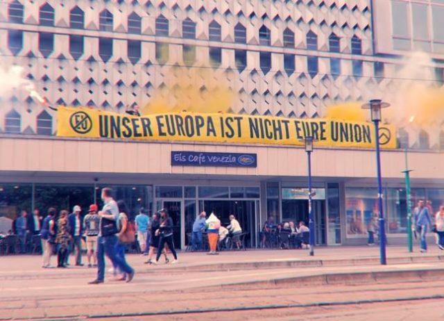 Ein Banner der Identitären Bewegung Foto: Screenshot/Youtube