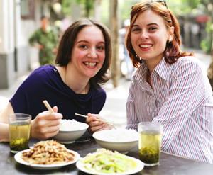 ЗЕЛЕНЫЙ ЧАЙ: Употребление зеленого чая связывают со снижением случаев заболеваний раком груди.