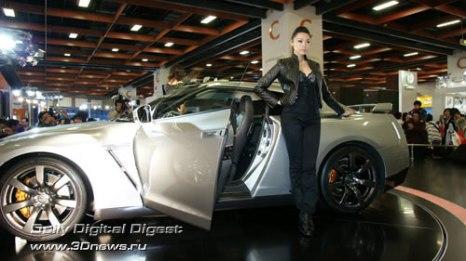 Стенд компании Nissan. Новейший Nissan GT-R. Фото: 3dnews.ru