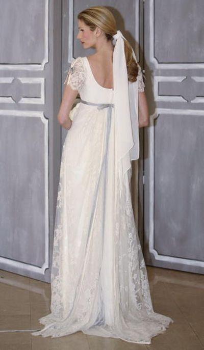 Показ коллекции свадебных платьев