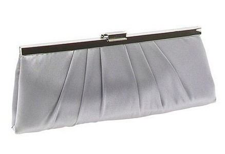 Роскошная сумочка для невесты. Фото с epochtimes.com