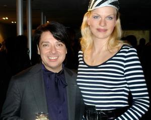 Неделя Моды в Милане в 2008 году. Наташа с Валентином Юдашкиным. Фото предоставлено Натальей Костиной.