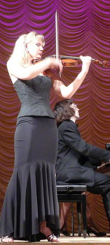 Полина Лаптева (скрипка). Фото: Елена Захарова/Великая Эпоха