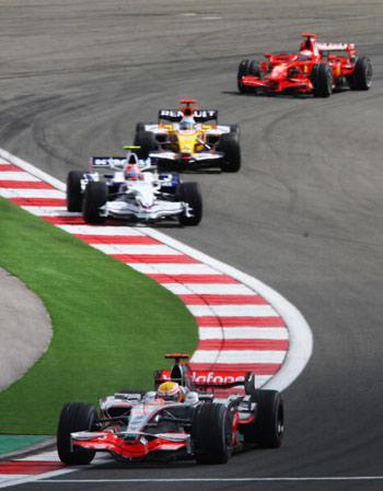 Чемпионат мира по автогонкам Формулы-1 на Гран-При Турции. Фото:Clive Mason/Getty Images