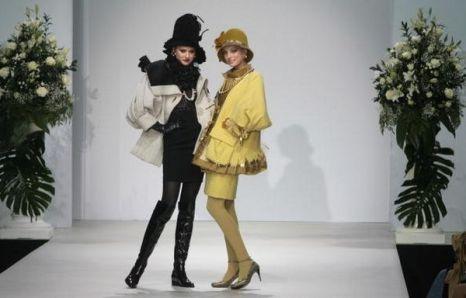 Показ новой коллекции весна-лето 2009 на московской неделе моды.Фото: Getty Images