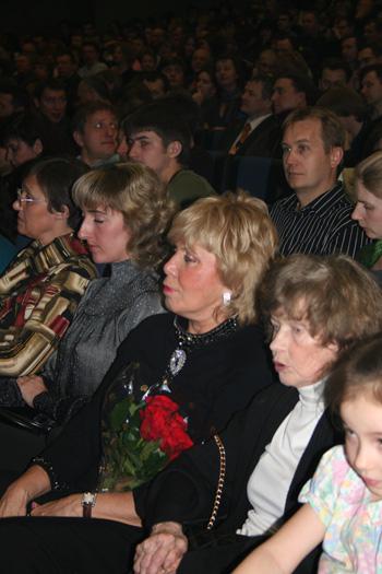 Концерт Бориса Гребенщикова. Родные и близкие в первом ряду. Фото: Щеткина Оксана /Великая Эпоха