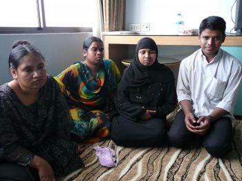 Рабочие, которые были депортированы обратно в Бангладеш из Иордании, встретились с сотрудниками NLC (Национальный комитет по труду) и рассказали свою историю. Фото NLC