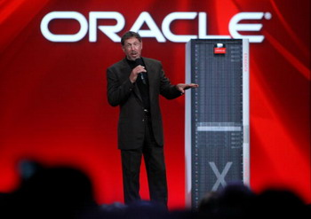 Глава третьей по величине софтверной компании в мире Ларри Эллисон. Фото:  Justin Sullivan/Getty Images