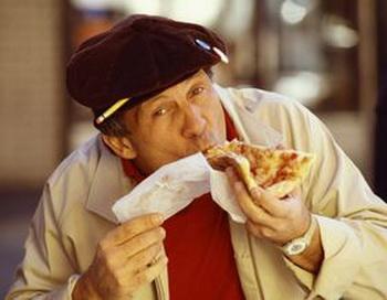 Оказывается, что неторопливое употребление пищи помогает нам есть меньше. Фото: photos.com