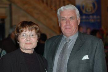 Г-жа Уайт и г-н Пинкни присутствовали на вечернем представлении труппы Shen Yun в театре Канон в Торонто. Они обещали прийти ещё раз и привести своих друзей. Фото: Мэтью Литтл /Великая Эпоха