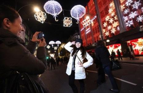 Рождественское освещение в Лондоне. Фото: Getty Images
