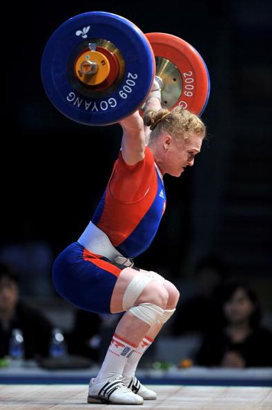 Оксана Сливенко завоевала серебро чемпионата мира по тяжелой атлетике. Фото: JUNG YEON-JE/AFP/Getty Images
