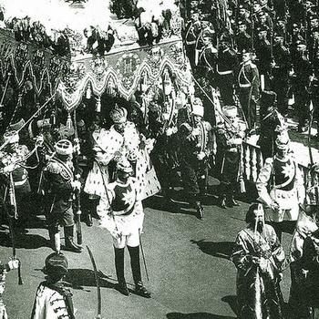 Коронация императора Николая II в1896г. Кавалергард (на переднем плане) – Карл Маннергейм. Фото: world-of-tank.com.na