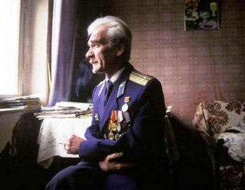 Подполковник Петров 30 лет назад предотвратил ядерную войну. Фото с сайта webpark.ru