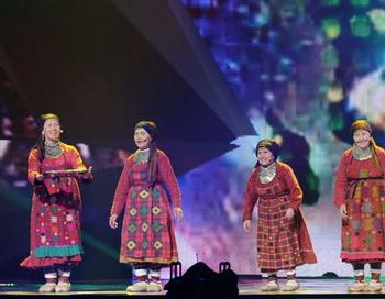 Российские участницы международного конкурса «Евровидение-2012», группа «Бурановские бабушки» из Удмуртии проводят первую репетицию в Baku Crystal Hall в Азербайджане, где пройдет конкурс. Фото РИА Новости