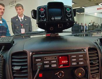 Прибор для видеофиксации и замера скорости. Фото РИА Новости