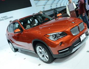 Продажа обновлённого BMW X1 в России начнётся в июле. Фоторепортаж. Фото: STAN HONDA / AFP / Getty Images