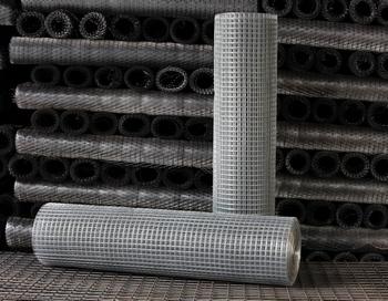 Сетка из металла — это универсальный материал, который незаменим в самых разнообразных сферах строительства. Фото: Mset.ru