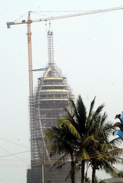 Бывшая самая высокая смотровая площадка в мире – «Башня тысячелетия» будет снесена. Фото с epochtimes.com