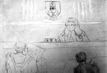 Рисунок, изображающий сцену заседания Суда высшей инстанции в Онтарио, состоявшегося 29 марта. Судья выслушивает аргументы в пользу того, чтобы позволить канадцам выдвигать обвинения против китайских чиновников для возмещения ущерба, причиненного пытками. Фото:  Gordon Yu/Великая Эпоха (The Epoch Times)