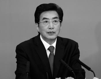 Го Цзиньлун на встрече 3 июля 2012 в Пекине в Китае. Неясные перспективы Го вносят неожиданные коррективы в кадровых перестановках во власти. Фото: Lintao Zhang/Getty Images