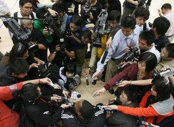«Авторитет китайских СМИ уже понизился почти до нуля». Фото: Getty Image