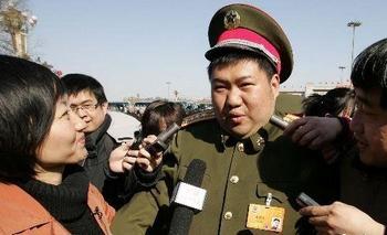 Мао Синьюй внук Мао Цзэдуна, самый молодой генерал в КНР. Фото с epochtimes.com